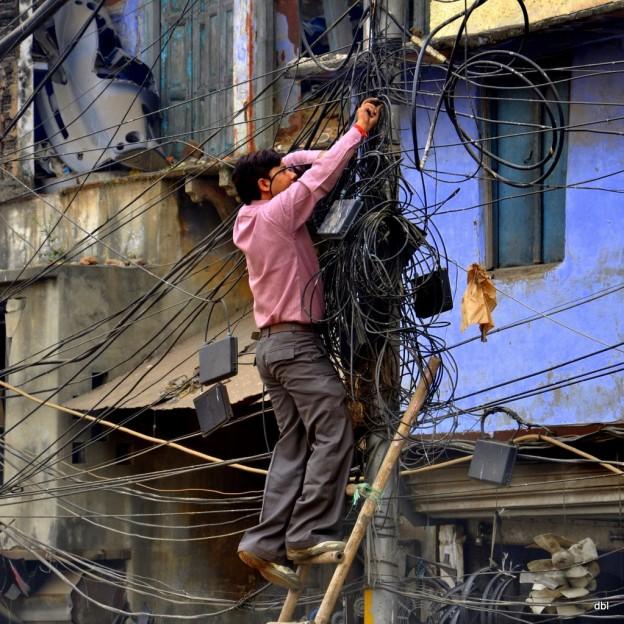 electrician unsafe
